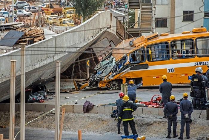Viaduto caiu nesta quinta-feira em Belo Horizonte