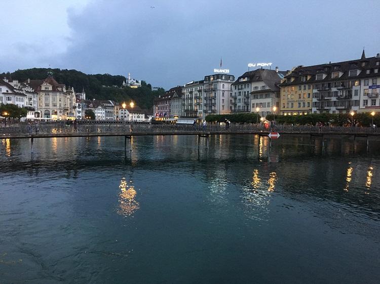 entardecer em Lucerna